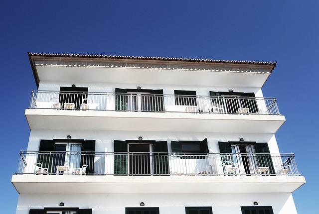 balkony penzionu